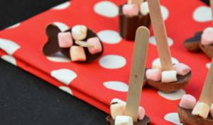 Sucettes au chocolat et chamallow