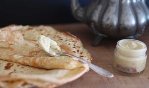 Crêpes à la bière et pâte à tartiner chocolat blanc-orange