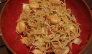 Nouilles sautées aux crevettes façon Pad Thai
