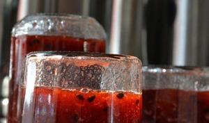 Confit de fraises aux fruits de la passion