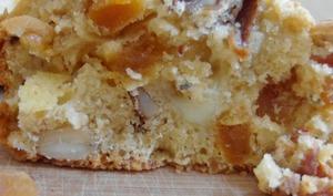 Cake aux abricots secs et noix / noix de cajou