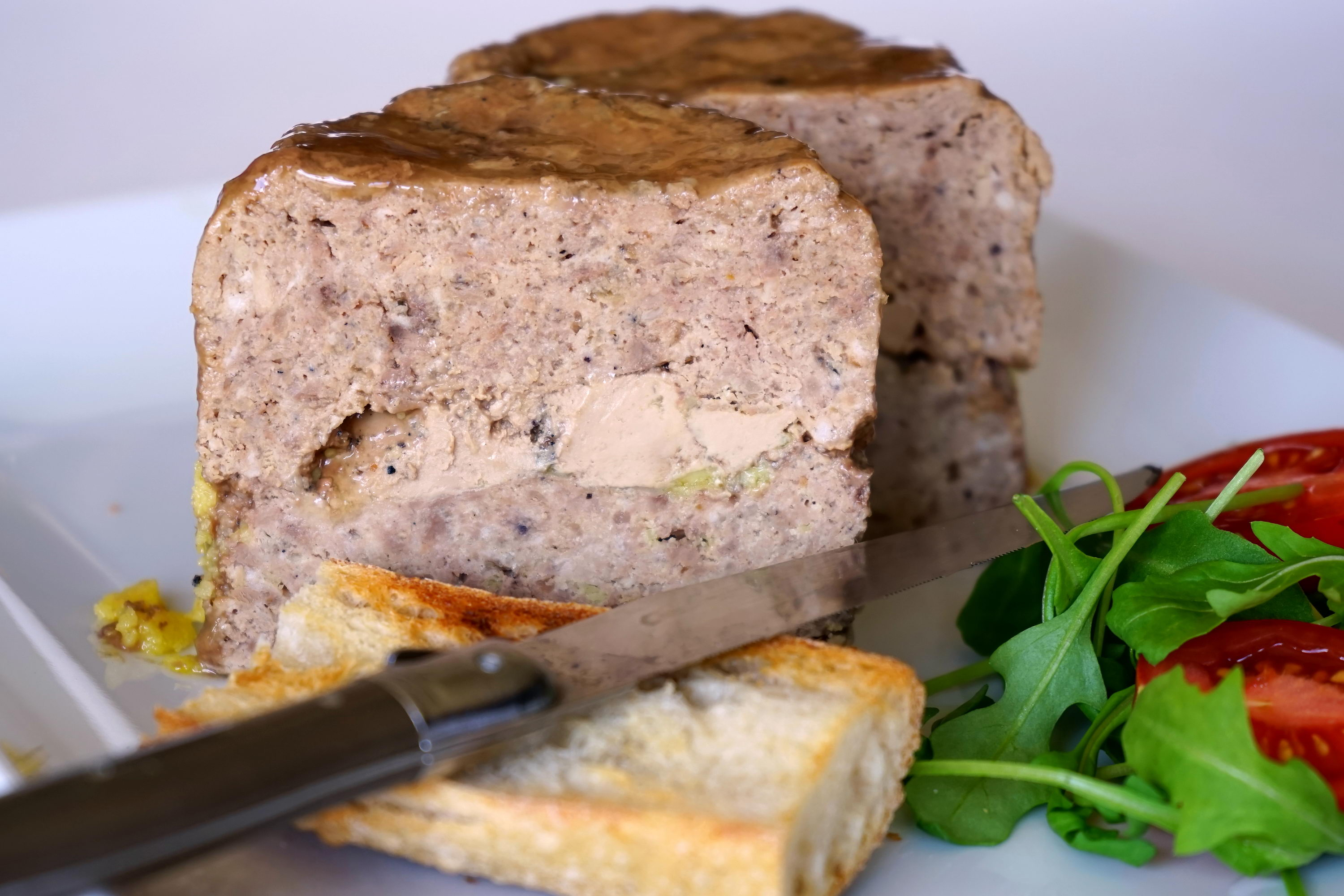 terrine de volaille au foie gras recette terrine de volaille au foie gras par chef simon. Black Bedroom Furniture Sets. Home Design Ideas