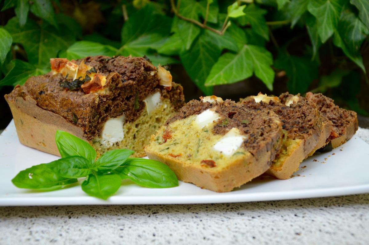 Cake Chevre Olive Romarin