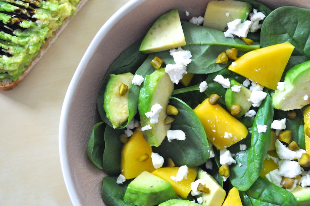 recettes de quinoa par mange brille aime salade pinards mangue avocat salade de quinoa aux. Black Bedroom Furniture Sets. Home Design Ideas