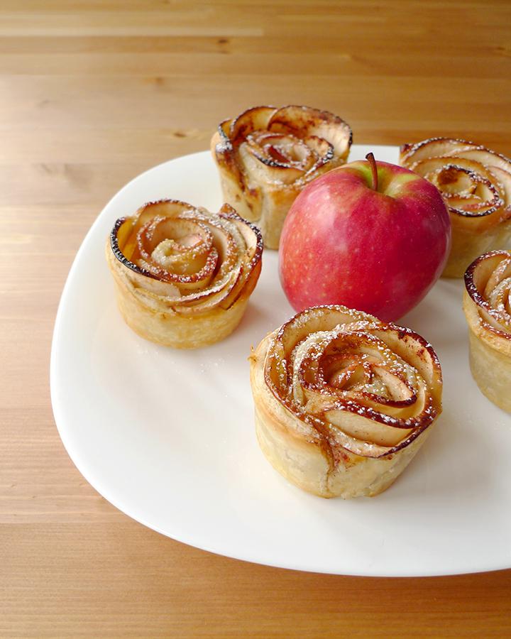 recettes de p te feuillet e par aline bianca cuisine roses feuillet es aux pommes en images. Black Bedroom Furniture Sets. Home Design Ideas