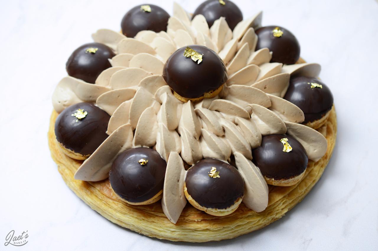 Saint Honoré Aux Trois Chocolats Recette Par Laet S Bake It