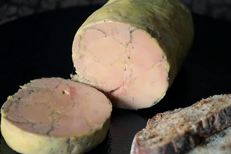 ballotine de foie gras recette facile de foie gras mi cuit au torchon poch par chef simon. Black Bedroom Furniture Sets. Home Design Ideas