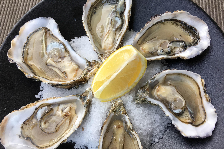 Ouvrir les huîtres facilement, sans se mutiler la main - Ouverture ...