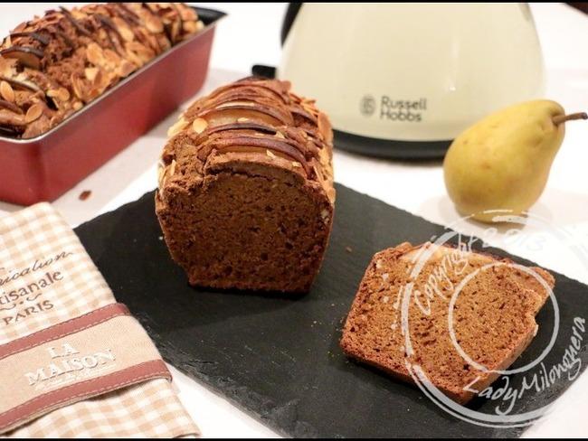 cake aux amandes et poires saveur pain d pice recette par happy papilles. Black Bedroom Furniture Sets. Home Design Ideas