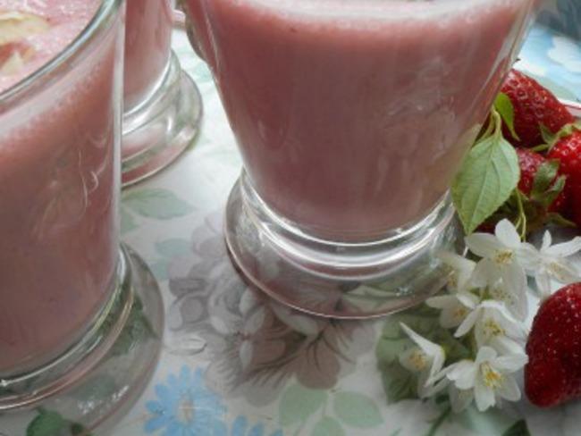 Milk-shake fraise et amande