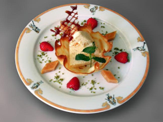 Crème glacée de pêches au kirsch
