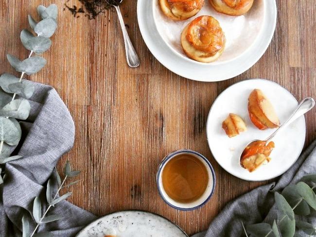 Muffins renversés au kaki