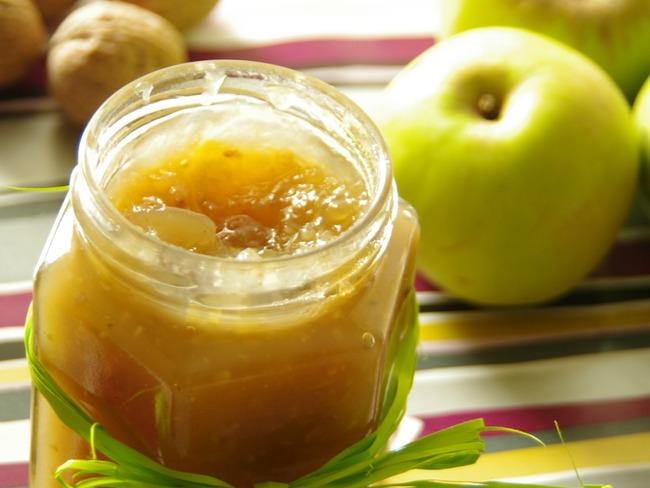 Confiture de pommes aux noix
