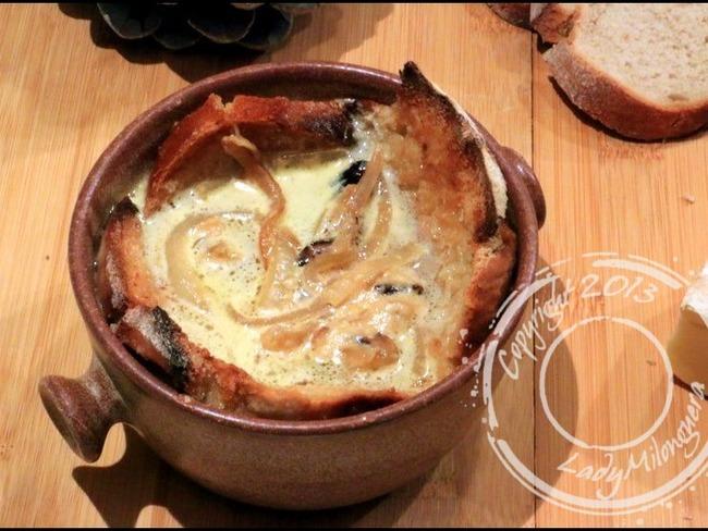 Soupe au fromage auvergnate