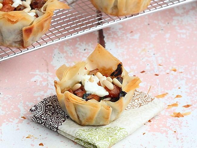 Tartelettes à la pâte à filo et légumes d'hiver