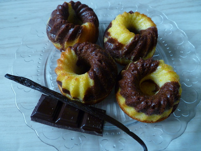 Quatre-quart marbré vanille-chocolat