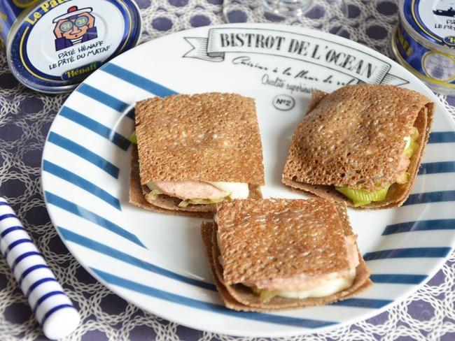 Croque galettes poireaux pâté Hénaff