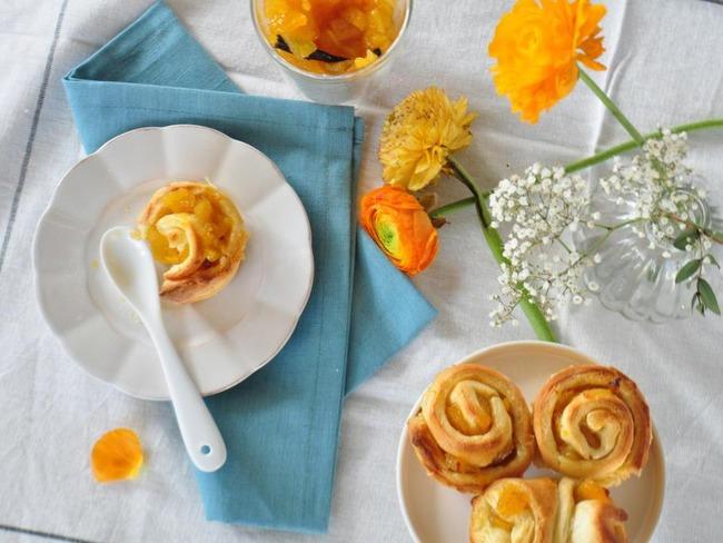 Brioche roulée à la confiture ananas mangue vanille et rhum