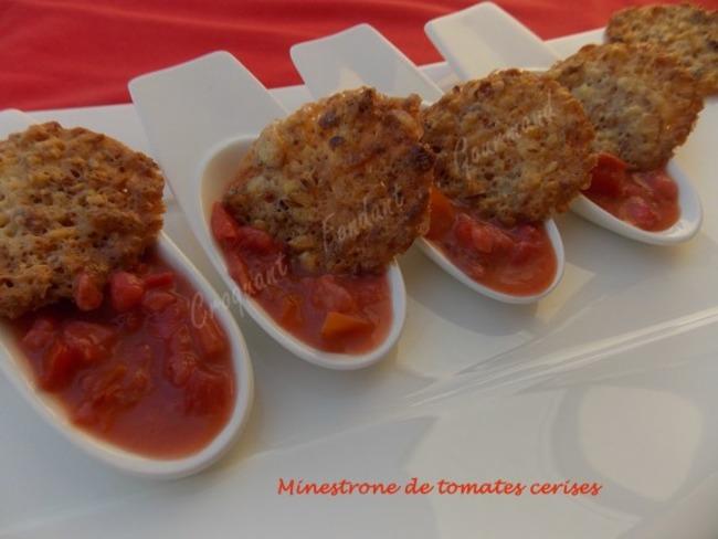 Minestrone de tomates cerises-dentelles aux amandes