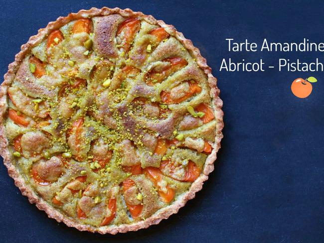 Tarte amandine aux abricots et à la pistache