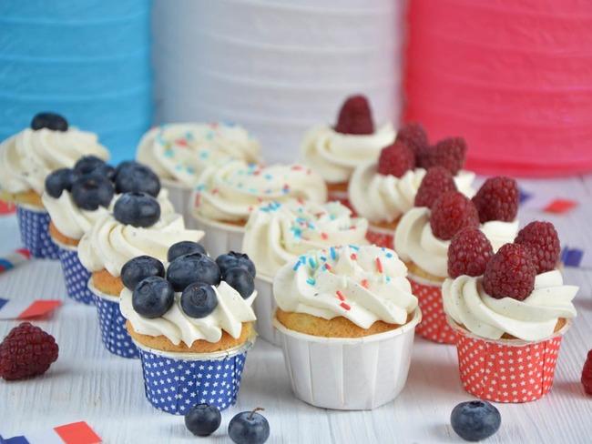 Mini cupcakes aux fruits rouges