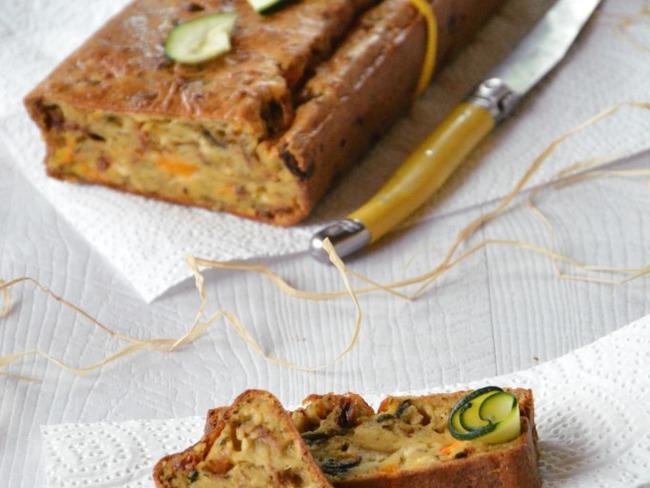 Cake au chèvre et légumes du soleil grillés
