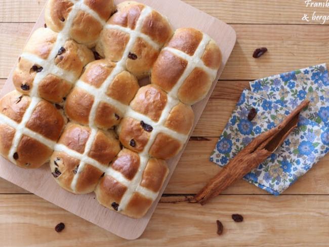 Hot cross bun de Pâques