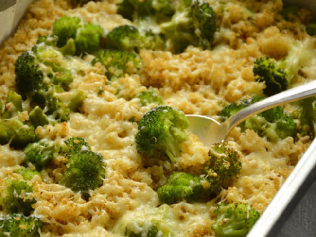 Gratin quinoa, brocoli, emmental