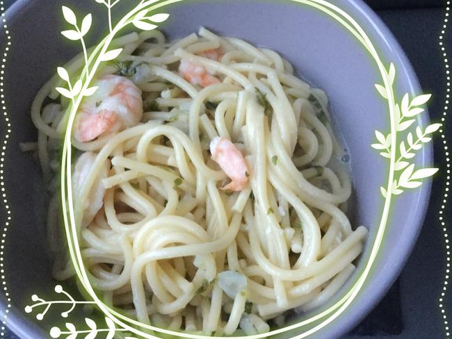 One pot pasta aux crevettes et lait de coco