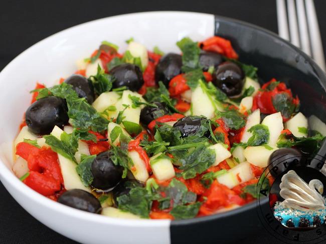 Salade au concombre et olives