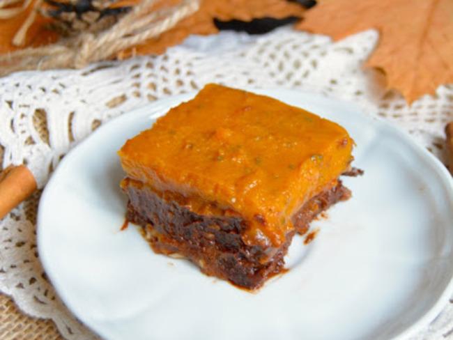 Pumpkin brownie cru