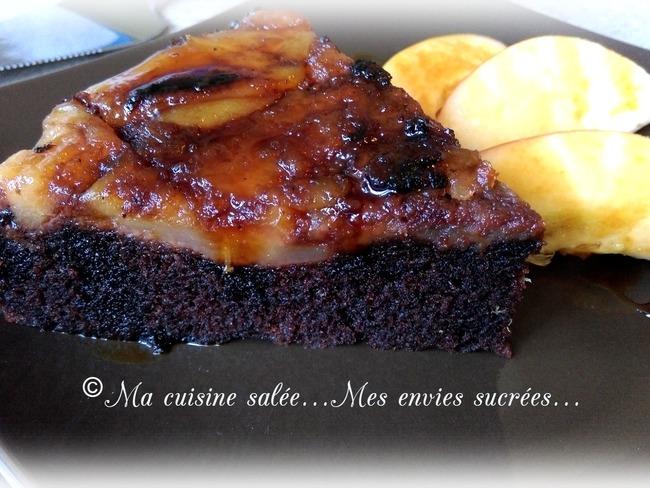 Gâteau chocolat et pommes caramélisées