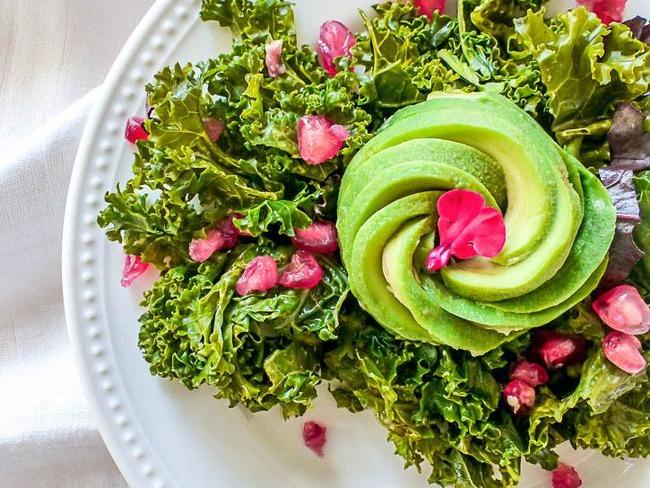 Salade avocat kale