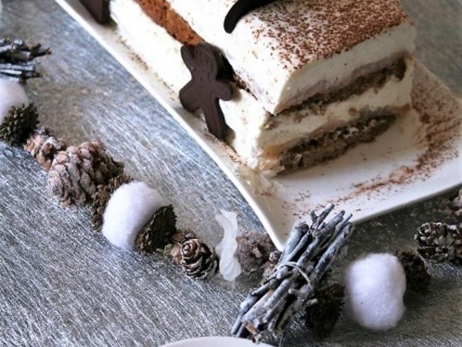 Bûche pain d'épices, poires, mousse mascarpone Bio