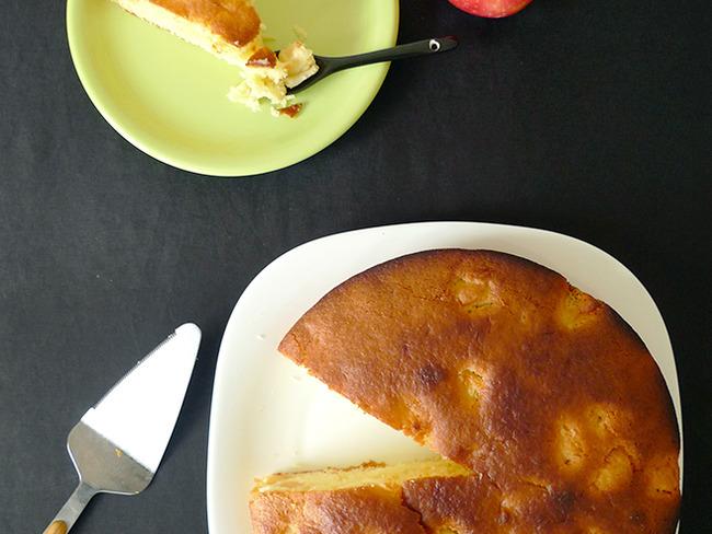 Gâteau au yaourt et aux pommes facile