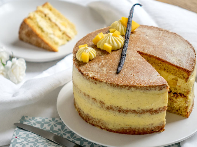 Layer cake vanille et mangue