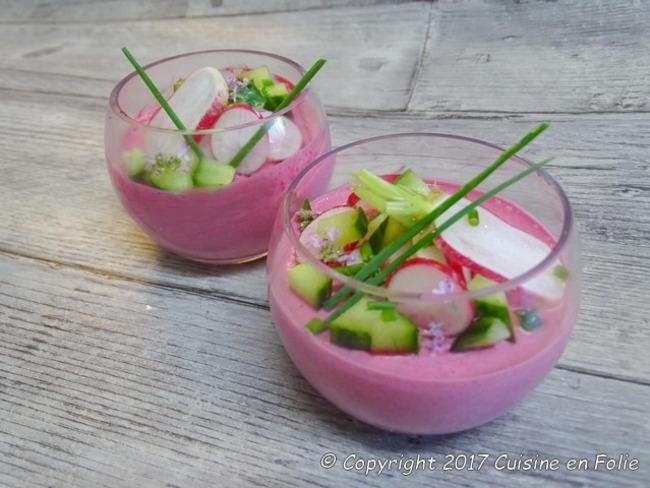 Mousse de radis et de betterave, radis et concombre croquants