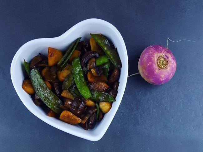Wok de légumes printaniers