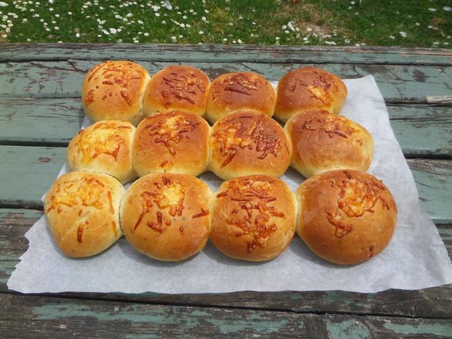 Petits pains au fromage et à l'origan