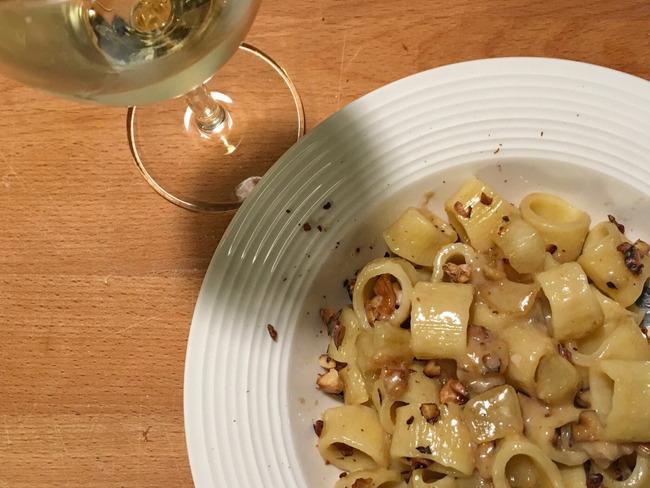 Pâtes gorgonzola, poires, noix