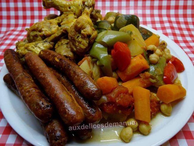 Couscous aux légumes frais, poulet et merguez