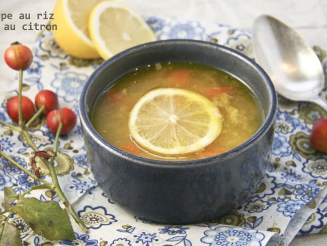 Soupe grecque au riz et au citron