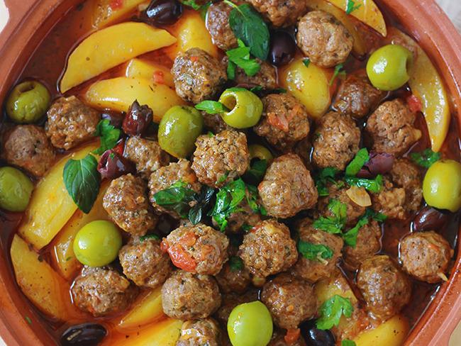 Tajine kefta, pommes de terre et olives