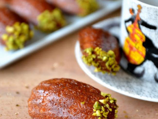 Madeleines au safran, orange et miel