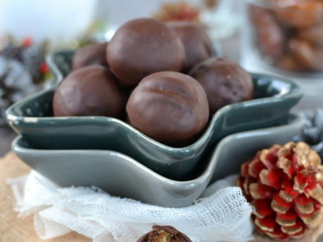 Christmas energy balls