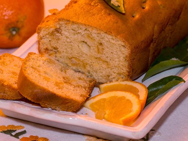 Cake aux oranges confites et à la fleur d'oranger