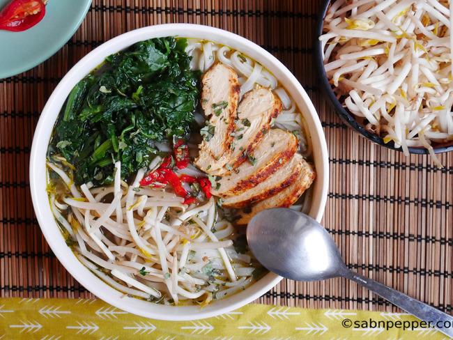 Soupe thaï poulet gingembre citronnelle