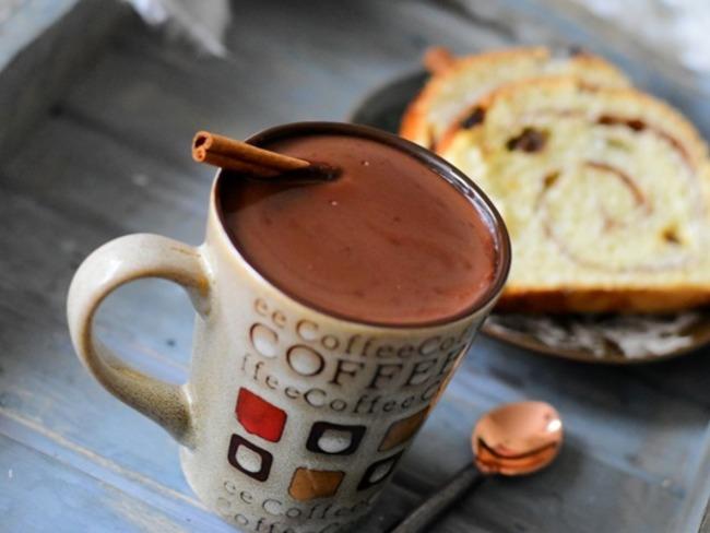 chocolat chaud pais le vrai chocolate con churros d. Black Bedroom Furniture Sets. Home Design Ideas
