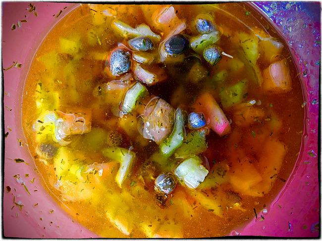 Sauce vierge aux câpres et tomates vertes