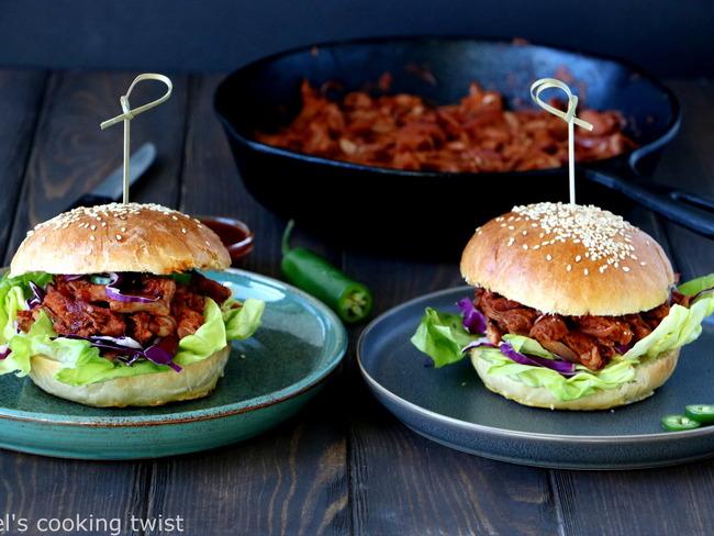 """Burger végétarien au fruit du jacquier façon """"pulled pork"""""""